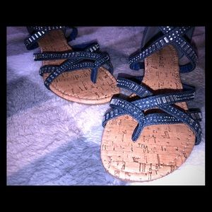 Strapoy sandals